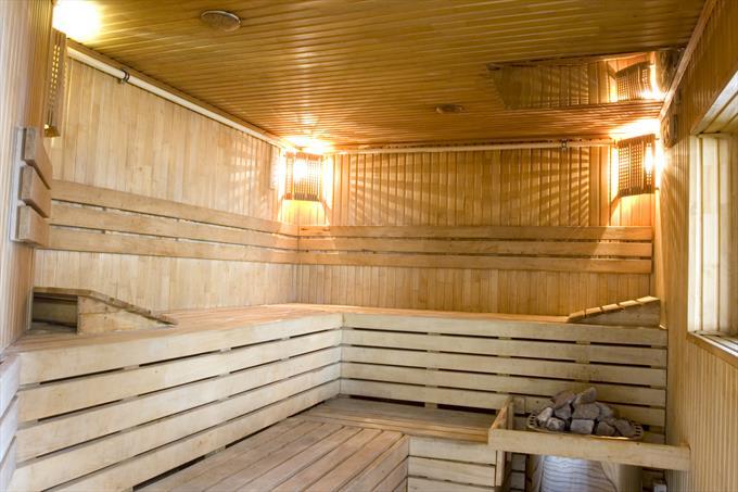 Провести свет в баню